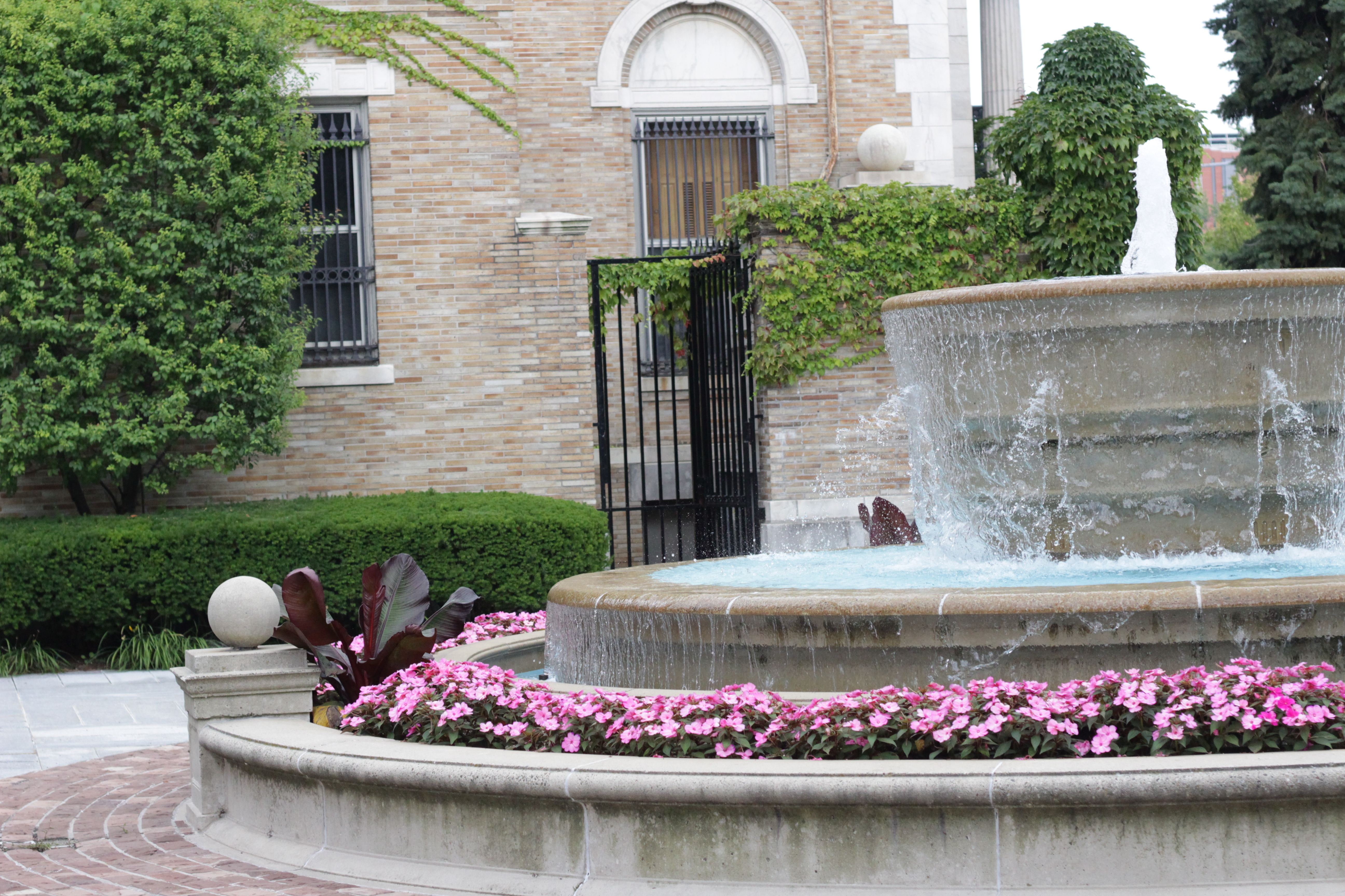 The fountain outside of the Butler Mansion.